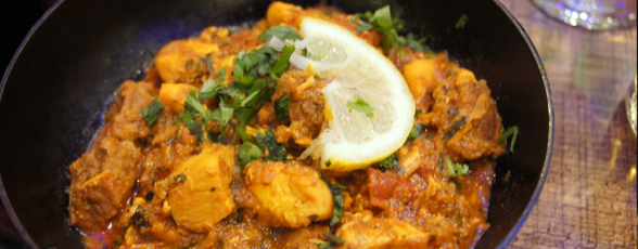 We pride ourselves on our amazing, multi-talented team bringing you Huddersfield's best curries.
